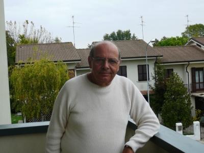 Poesie di Renzo Montagnoli 41ec87538111